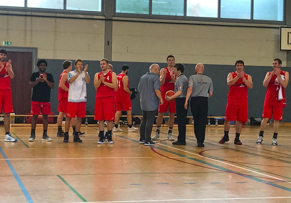 Die Herzöge mit ihrem zweiten Sieg im zweiten Saisonspiel. Foto:  Herzöge