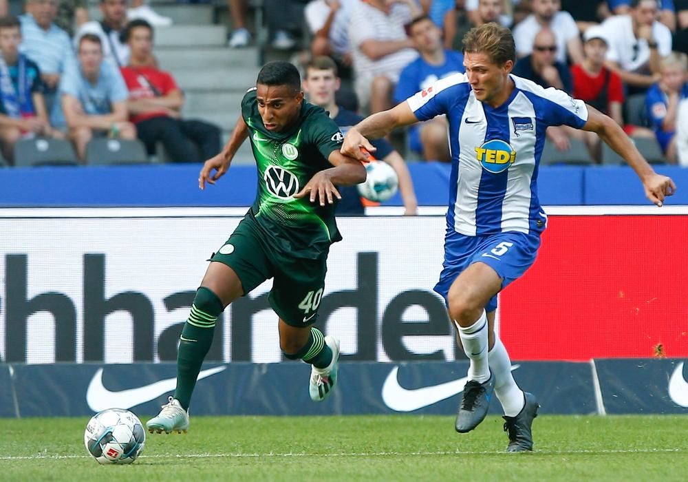 Jetzt stürmt er in der Bundesliga. Vor drei Jahren stand die Karriere von Wolfsburgs Joao Victor vor dem Aus. Foto: Michael Täger