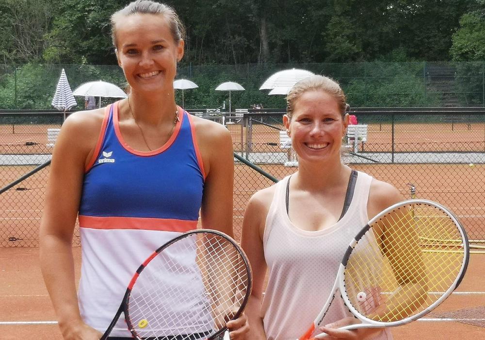 Vorjahressiegerin Melanie Suchhardt vom TC Kamen/Methler (re.) siegte bei den Damen 30. Foto: HTC/privat