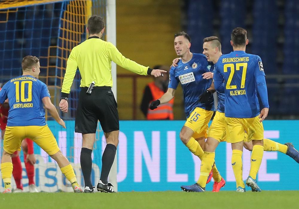Eintracht kann Heimspiel! Foto: Agentur Hübner