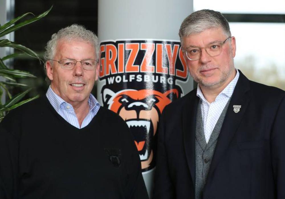 Neuer Cheftrainer: Pat Cortina (links) mit Charly Fliegauf. Foto: imago(Regios24