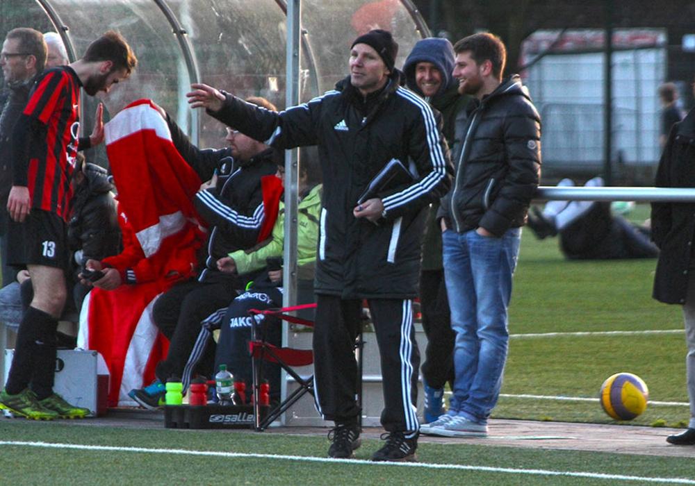 Trainer Willi Feer hat beim TSV Verlängert. Foto: Vollmer/Archiv