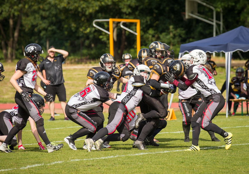 Lockerer Sieg gegen Oldenburg. Foto: Lady Lions/ 1. FFC Braunschweig