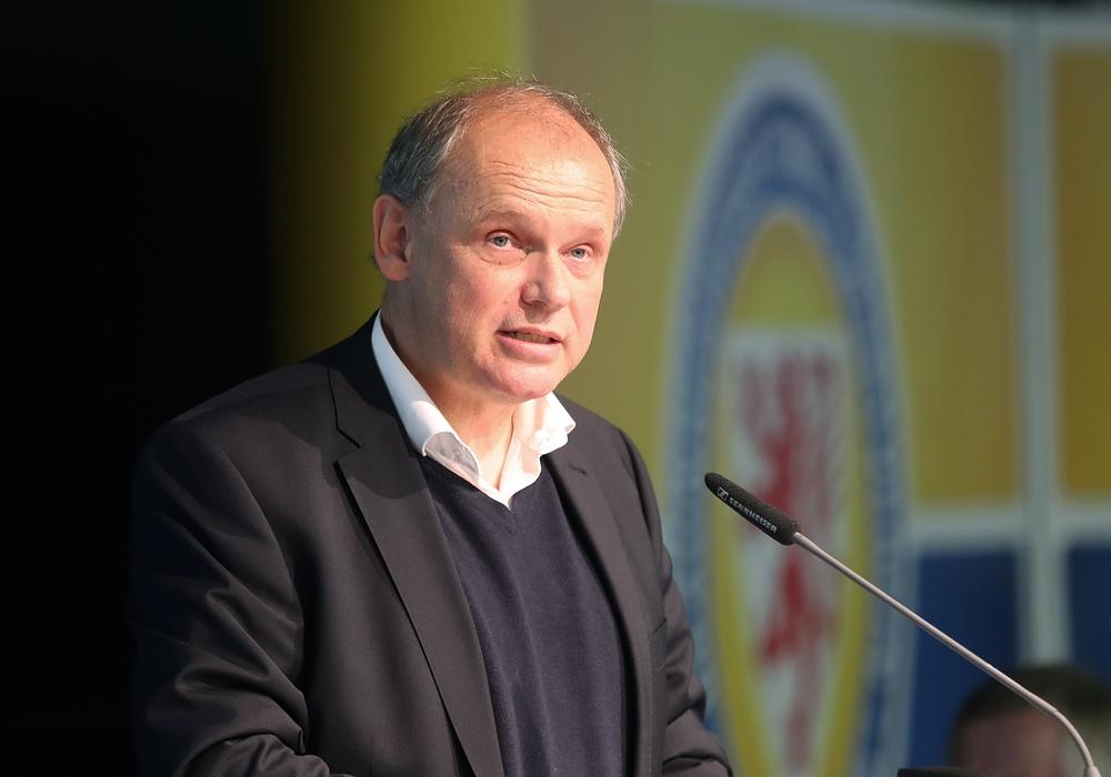 Kündigt seinen Rückzug an: Eintracht-Präsident Sebastian Ebel. Foto: Agentur Hübner