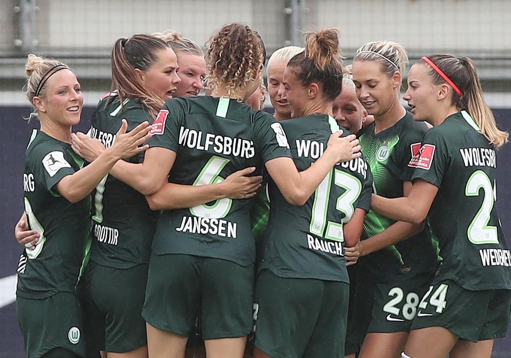 Die VfL Wolfsburg Frauen wollen auch die Hürde Twente nehmen. Foto: Agentur Hübner/Archiv