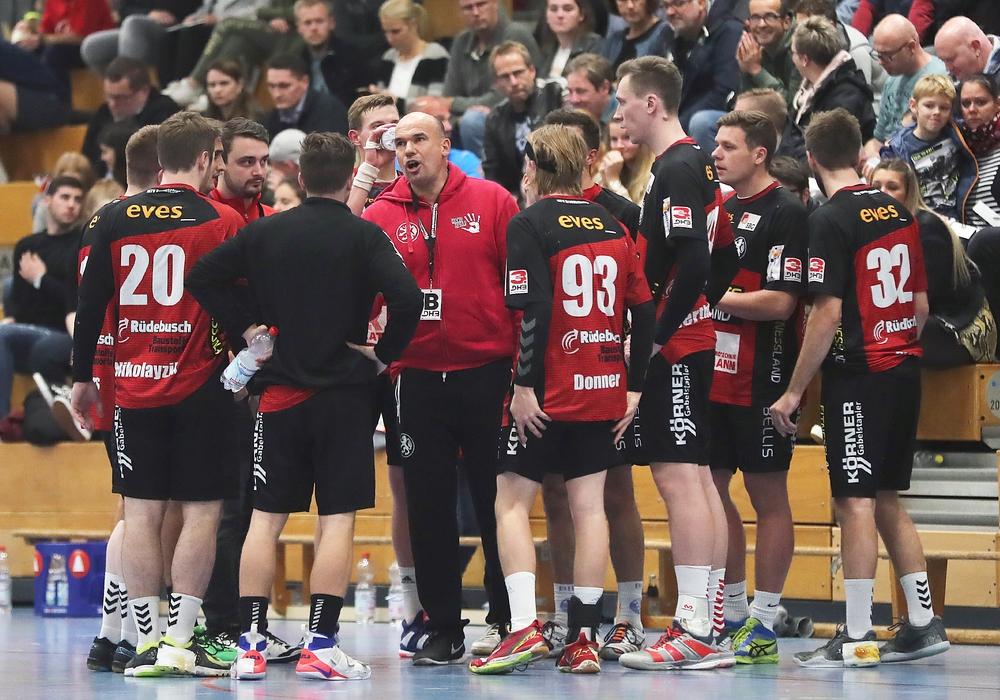 Das Handball-Highlight des Jahres für Trainer Volker Mudrow und sein Team. Foto: Agentur Hübner
