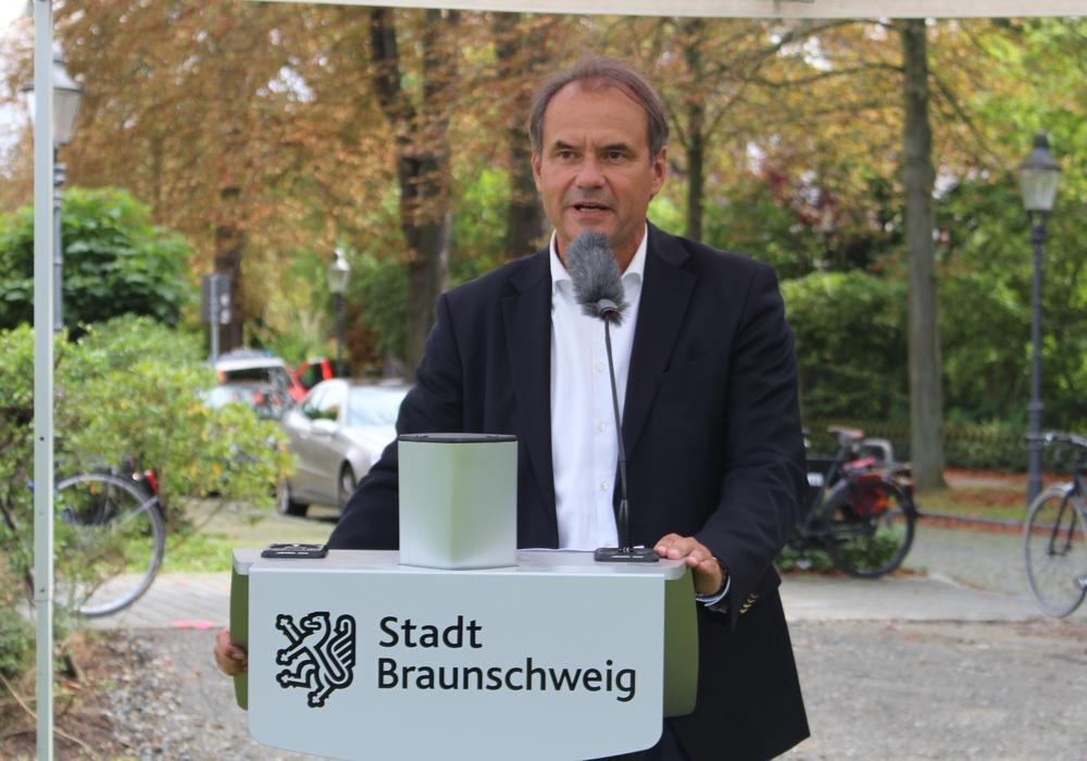 Oberbürgermeister Ulrich Markurth dankte der Polizei. Archivfoto: Anke Donner