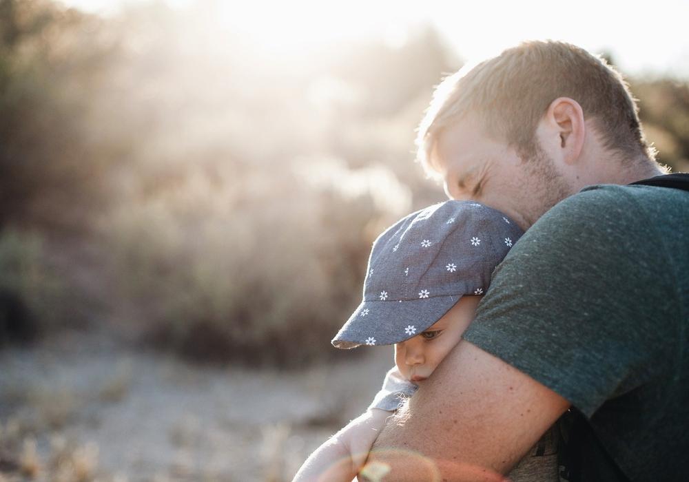 Dürfen Eltern, die in Scheidung leben, weiterhin ihr Besuchsrecht ausüben? Symbolbild.