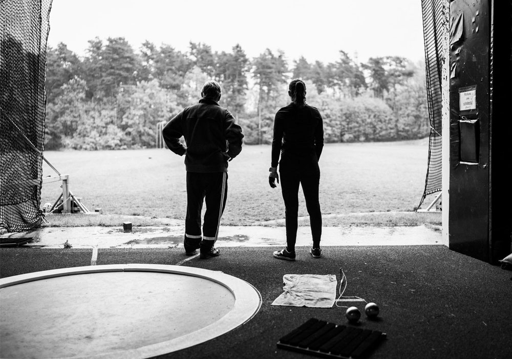 Heimtrainer Klaus Schmidt und Henriette Heinichen auf ihrem gemeinsamen Weg, den Blick zielstrebig auf die Zukunft gerichtet.
