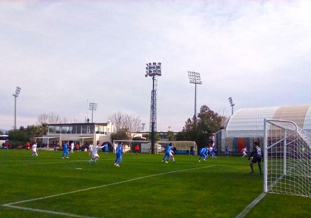 Vor etwa 100 Zuschauern unterlagen die Löwen dem rumänischen Erstligisten mit 0:2.