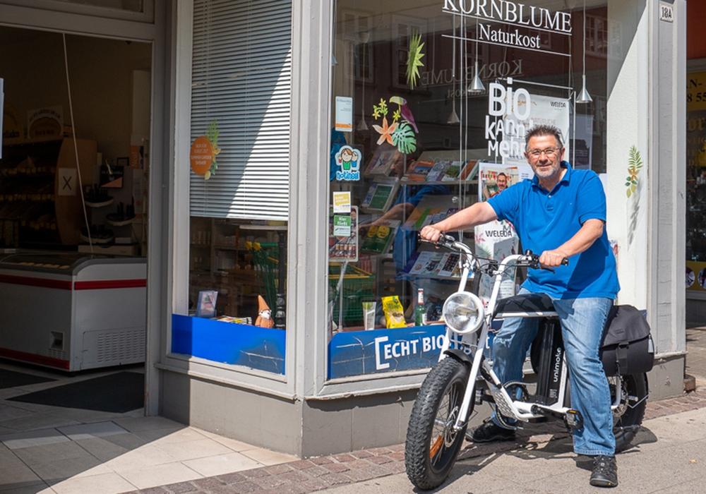 Das E-Bike ist derzeit im Kornblume Naturkostladen zu betrachten. Foto: Stadt Wolfenbüttel