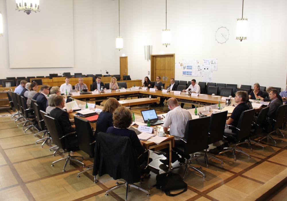 Der Planungs- und Umweltausschuss tagte am Mittwoch. Foto: Alexander Dontscheff