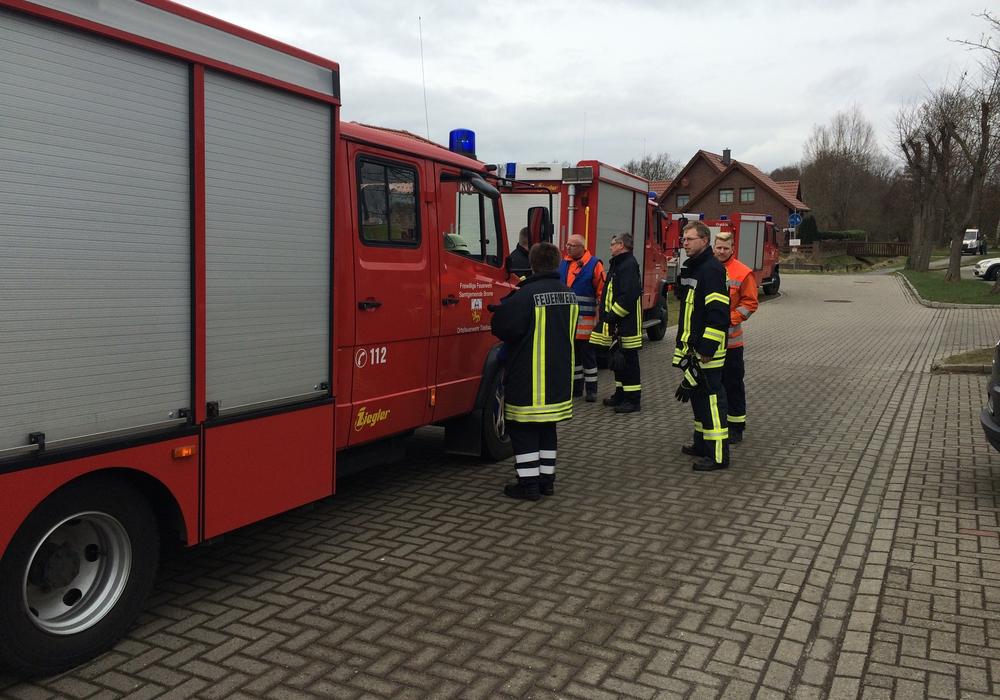 Die Feuerwehr im Einsatz. Foto: Aktuell24 (MD)