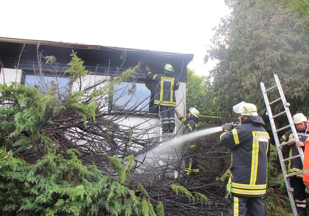 In Hohenhameln kam es am Nachmittag zu einem Brand. Foto: Feuerwehr Hohenhameln.