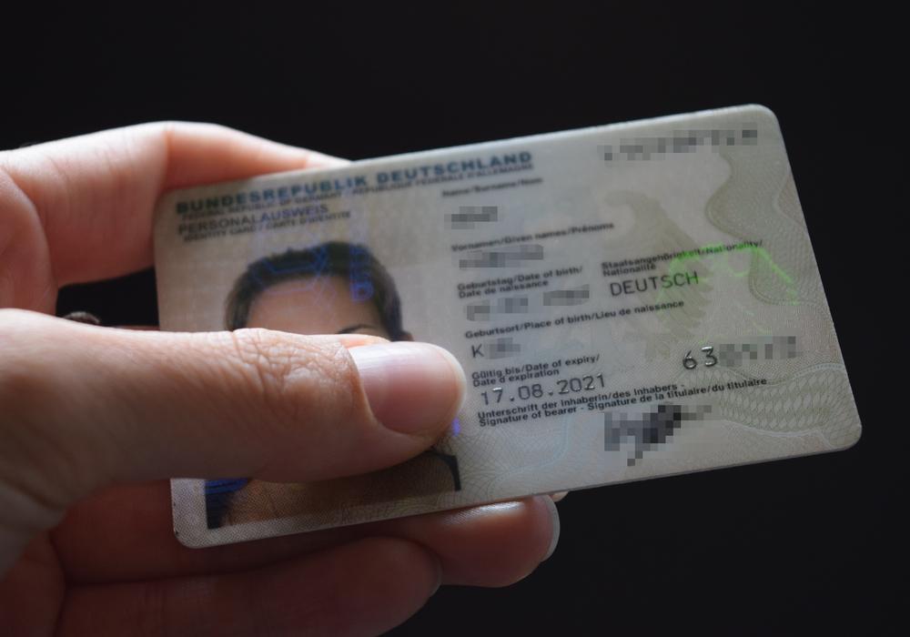 Urlauber sollten rechtzeitig vor Reiseantritt prüfen, ob die Ausweisdokumente noch gültig sind. Foto: Stadt Goslar