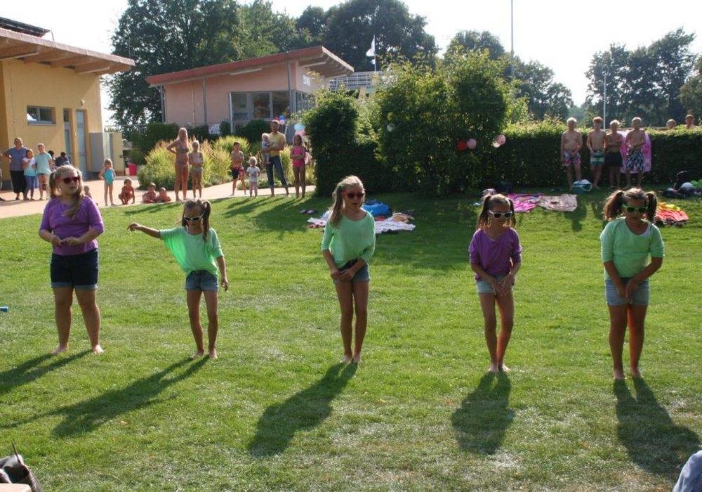Die Dance-Kids vom TSV Destedt begeisterten das Publikum. Foto: privat