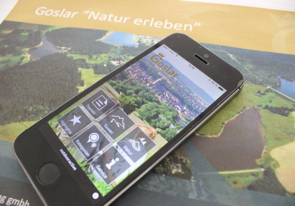 Goslar erleben wird jetzt noch einfacher - Mit einer App., im Web oder auf Papier kann der Ausflug organisiert werden. Fotos: Anke Donner