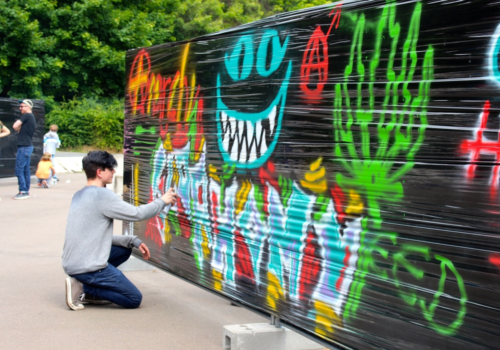 Graffiti, ein Teil Jugendkultur. Symbolfoto: Sina Rühland