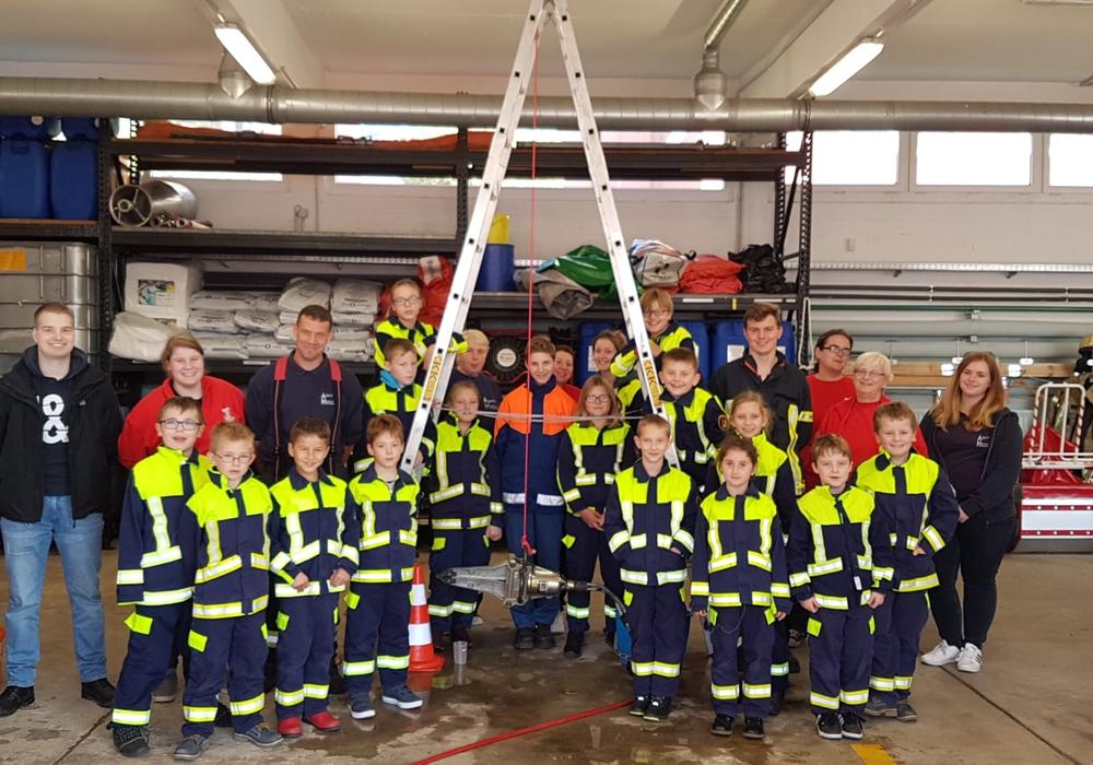 Der jüngste Nachwuchs bei der Feuerwehr traf sich zur Feuerwehrnacht. Foto: Ortsfeuerwehr Helmstedt