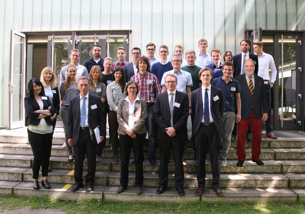 Teilnehmer der Abschlussveranstaltung KlimaIng – Planung klimagerechter Fabriken. Foto: TU Braunschweig
