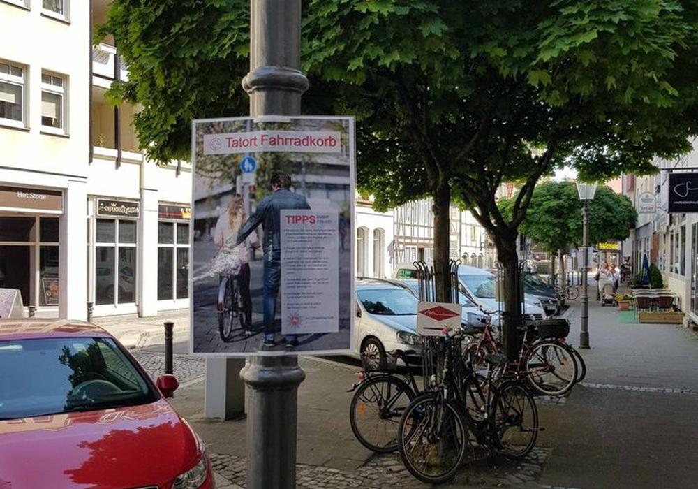 Mit einer großen Plakataktion des Präventionsteams der Polizei Braunschweig sollen Fahrradfahrer sensibilisiert werden. Foto: Polizei Braunschweig