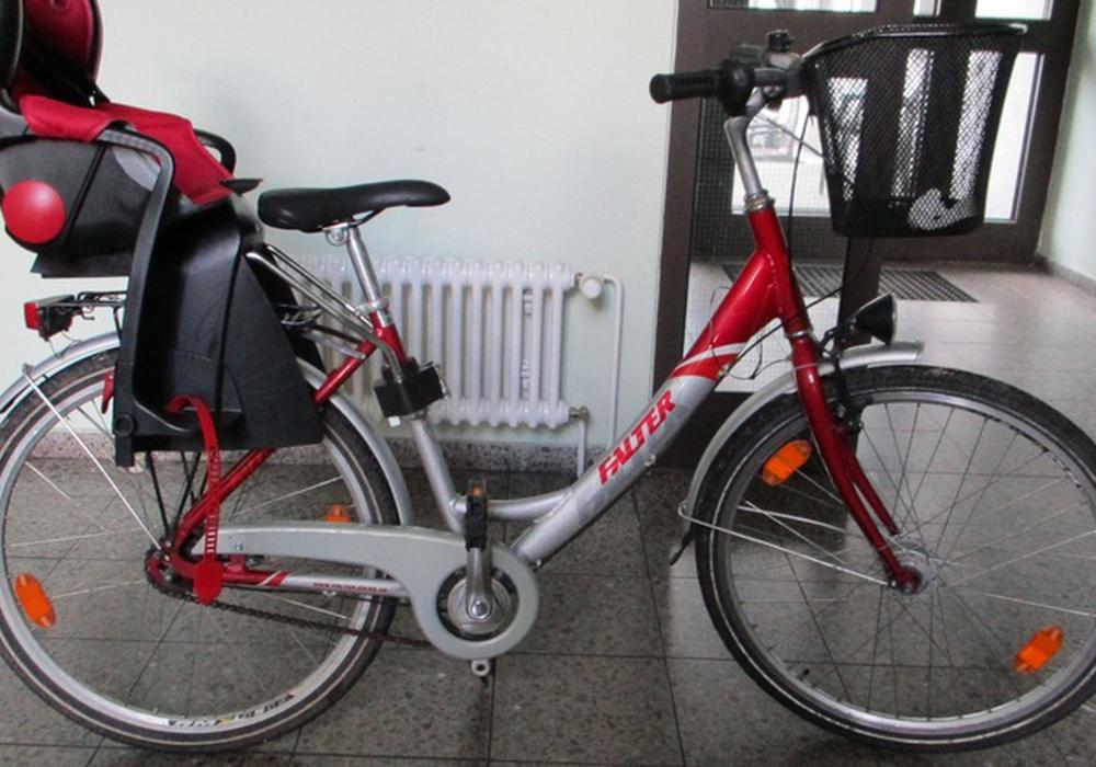 Wem gehört das Damenrad? Foto: Polizei