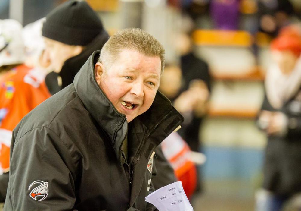 Das kann Trainer Bernd Wohlmann nicht gefallen haben. Foto: Brandes/Presseblen.de/Archiv