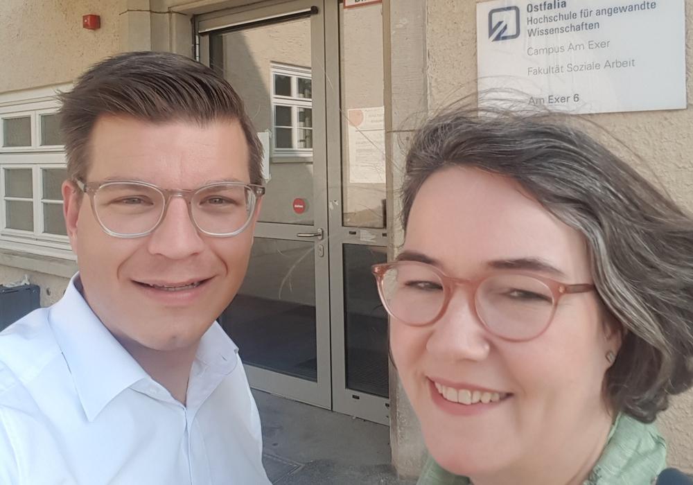Die FDP-Landtagsabgeordneten Björn Försterling und Susanne Schütz hoffen auf einen Hebammenstudiengang auch an der Ostfalia. Foto: FDP Wolfenbüttel