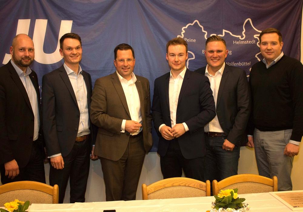 Andreas Werber, Claas Merfort, Kai Seefried, Maxmilian Pohler, Christoph Ponto, Julian Klaas (v. li.). Fotos: Junge Union