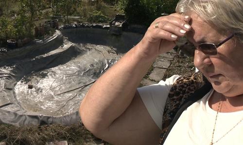 Barbara Stumpf trauert um ihre Fische.