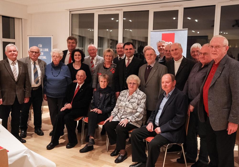 Traditionell ehrt die SPD Braunschweig am Jahresende langjährige Mitglieder. Foto: Robin Koppelmann / SPD Braunschweig