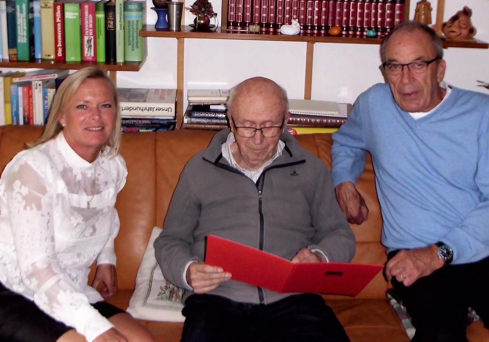 v.l.n.r.: Dunja Kreiser, Gottfried Schnür und Arnd Stöckmann. Foto: H. Höfken