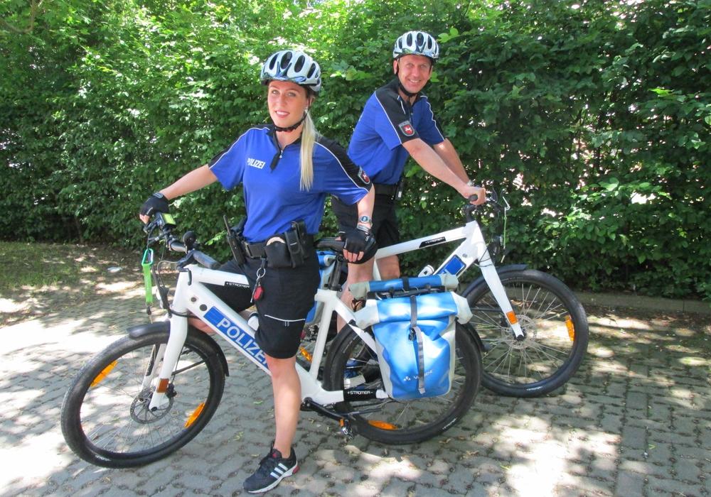 Zur Erhöhung der Verkehrssicherheit, insbesondere um Unfälle mit Radfahrern und die daraus resultierenden, meist schweren, Unfallfolgen zu reduzieren, sollen die speziellen Radfahrstreifen fortgesetzt werden.  Foto: Polizei Wolfenbüttel