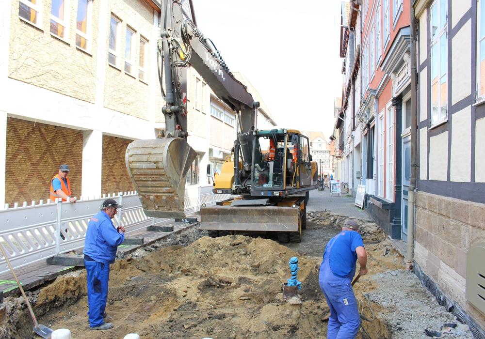 Beginn der Tiefbauarbeiten rund um das ehemalige Hertie-Gebäude. Foto: Max Förster