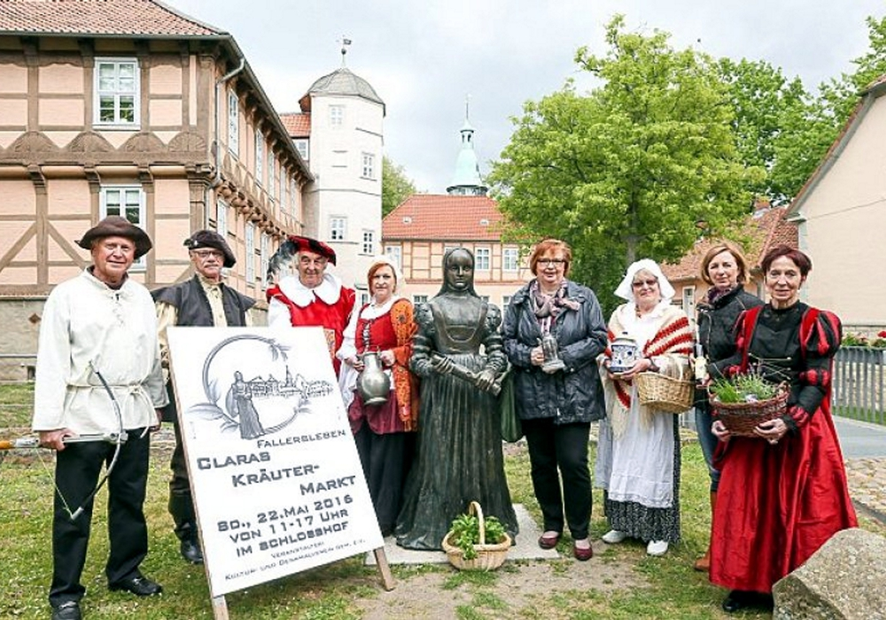 Der Kräutermarkt ist ein Themen-Markt, der alles präsentiert, was im Zusammenhang mit Kräutern steht. Foto: Kulturverein Fallersleben