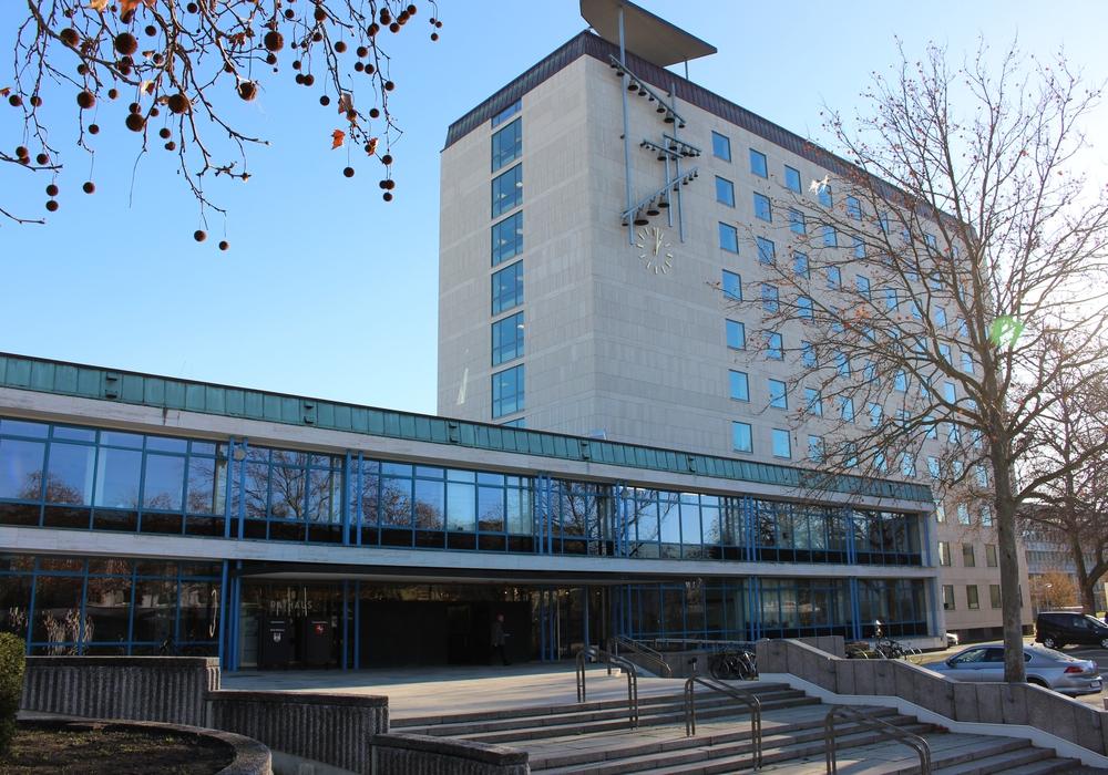 Um 16 Uhr kommt der Rat der Stadt Wolfsburg zu seiner Sitzung zusammen. Foto: Magdalena Sydow