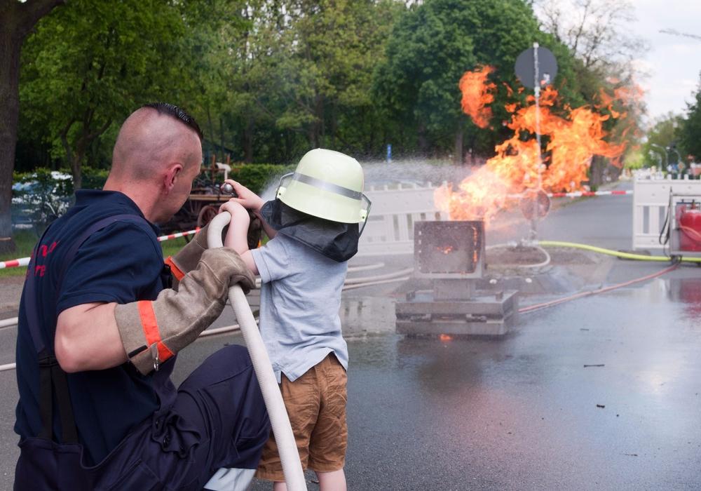Archivaufnahmen vom Tag der offenen Tür der Feuerwehr Leiferde im Jahr 2017. Fotos: Carsten Schaffhauser