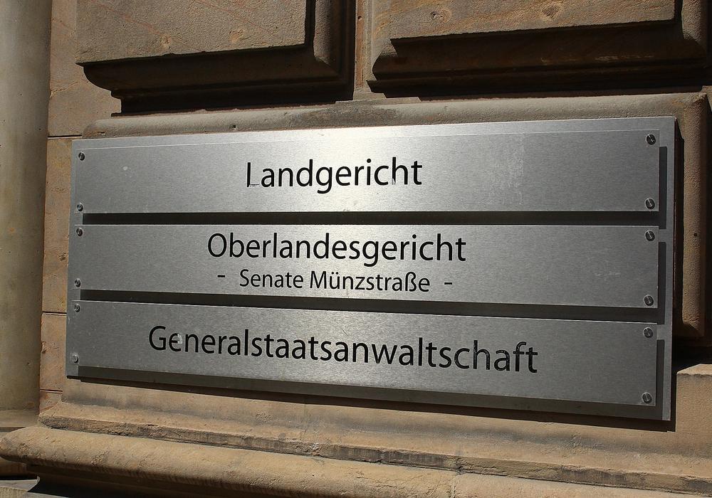 Ein Urologe aus Wolfsburg, der den Tod eines Patienten verschuldetete, kommt mit einer Bewährungsstrafe davon. Symbolfoto: Thorsten Raedlein