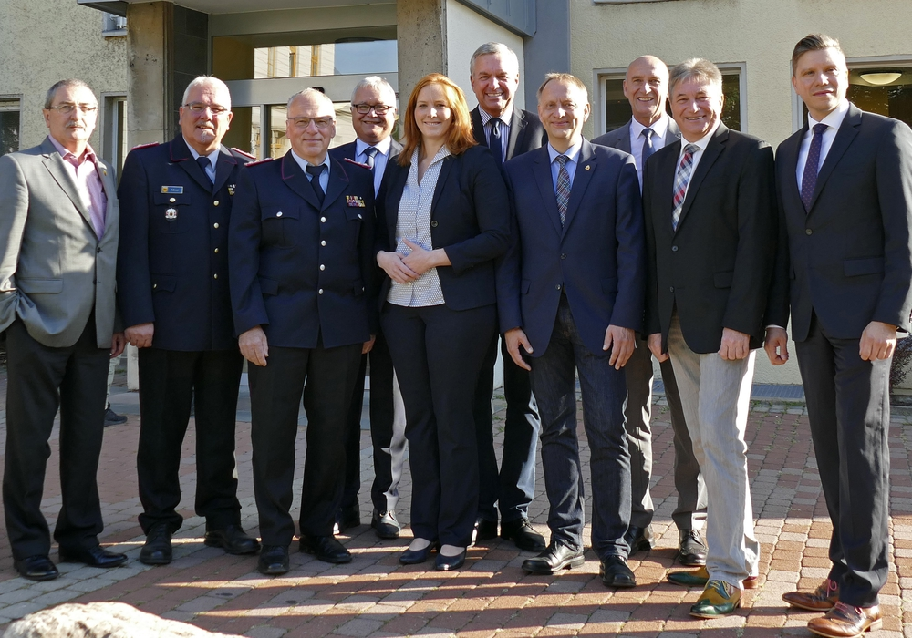 """Landkreis und Gemeinden haben eine Zweckvereinbarung """"Umwelt- und Gefahrstoffeinsätze"""" auf den Weg gebracht. Foto: Landkreis Peine"""