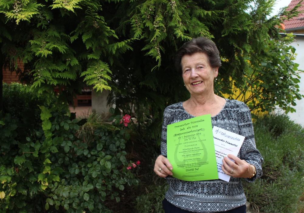 Anneliese Döhring, erste Vorsitzende des Frauenchors Fümmelse, lädt zum Spätsommerkonzert. Foto: Sandra Zecchino