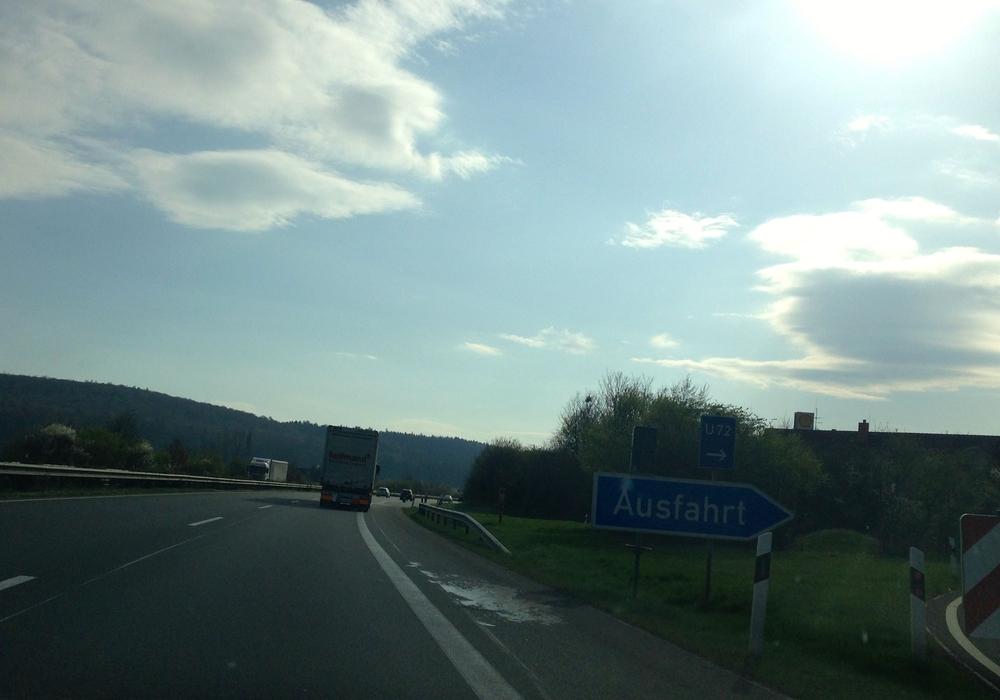 Die Verkehrsführung auf der A39 wird versuchsweise geändert. Foto: Sina Rühland Grafiken: Stadt Wolfsburg
