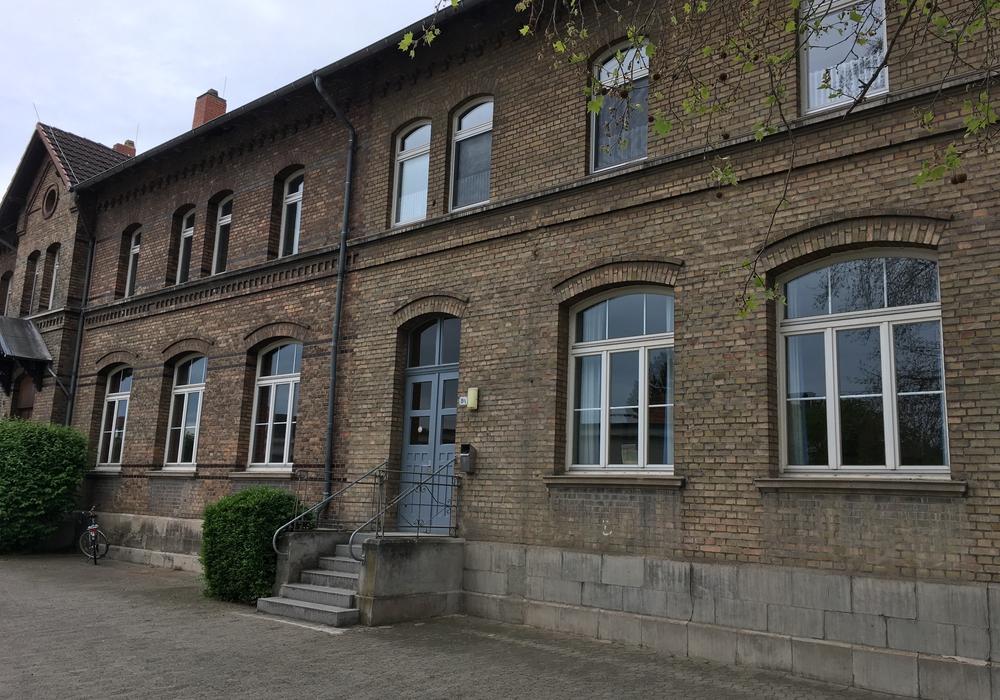 Der Versammlungsraum befindet sich in der Thiedestraße in Rüningen. Foto: Alexander Dontscheff