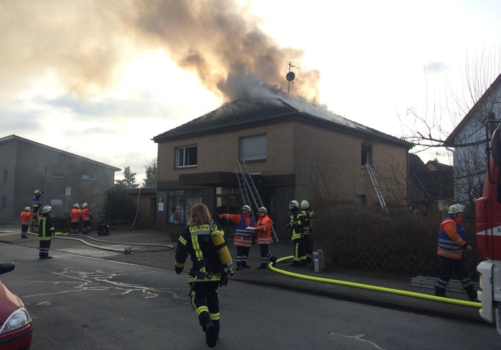 Feuer in einem Einfamilienhaus in Leiferde. Foto: aktuell24(BM)
