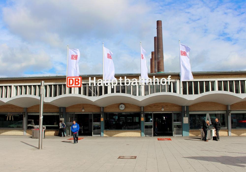 Der Bahnhof in Wolfsburg wird derzeit nur beschränkt angefahren.