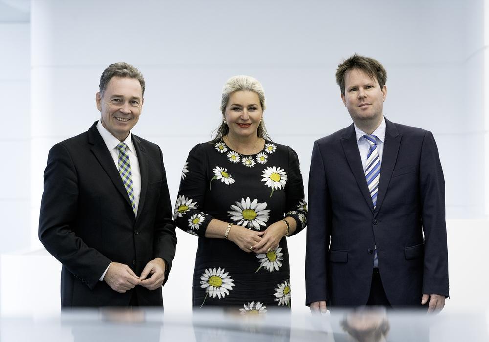 Von links: Thomas Fast, Claudia Block und Dr. Steffen Helbing. Foto: Volksbank BraWo Stiftung