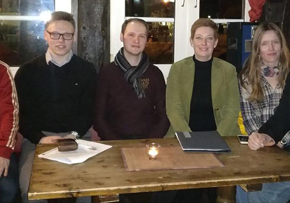 (v.l.) Maximilian Hügel, Lukas Quandt, Lorenz Plapper, Sarah Grabenhorst-Quidde, Jacqueline Gödecke und Daniel Eimers. Foto: JU Wolfenbüttel