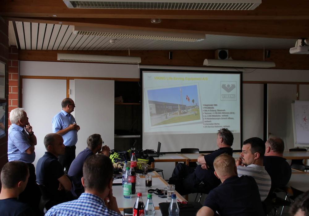Vergangenen Dienstag lud die Stadtwehrführung zu einem Informationsaustausch ein. Foto: Ortsfeuerwehr Wolfenbüttel (eh)