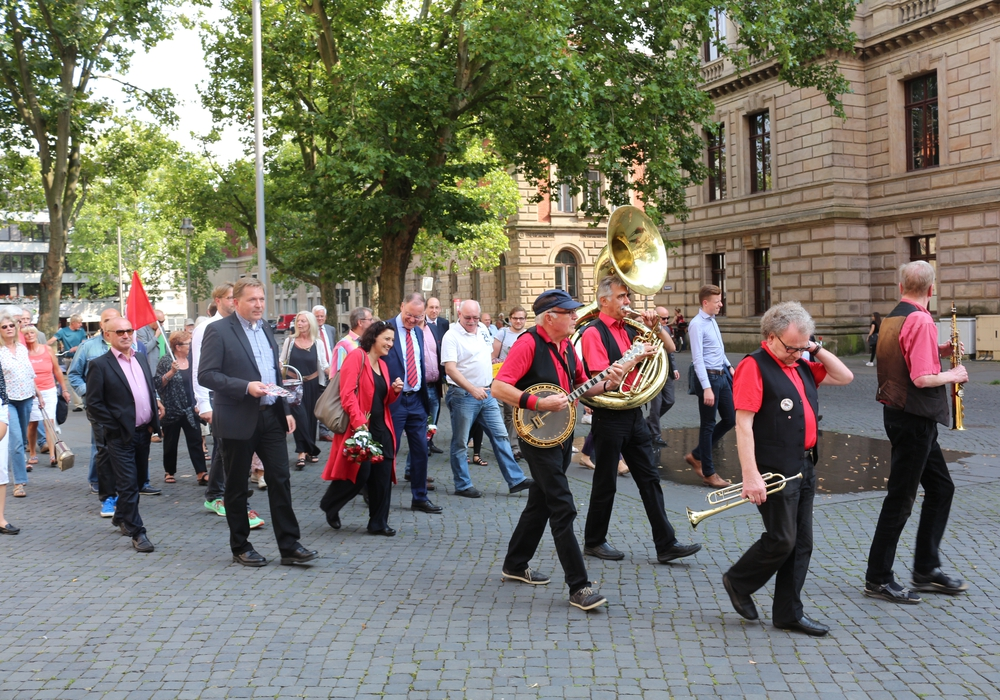 Ministerpräsident Stephan Weil in die Löwenstadt war zur Abschlusskundgebung nach Braunschweig gekommen, Foto: Robert Braumann