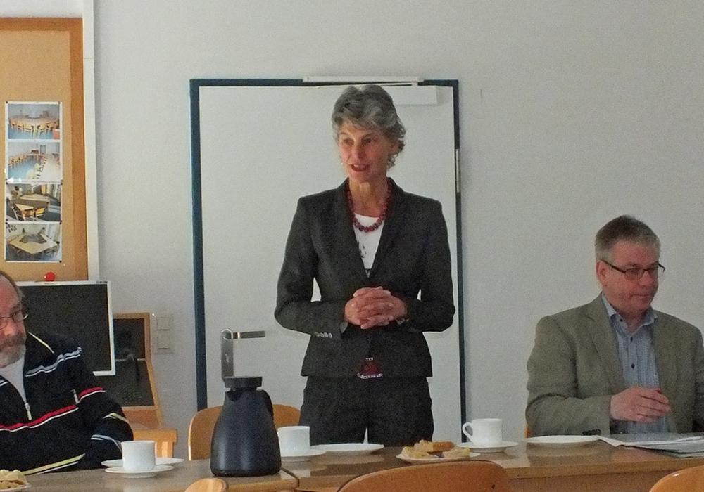 Heike Heil, Leiterin der Polizei Helmstedt, verabschiedete den Arbeitskreis. Foto: Klaffehn