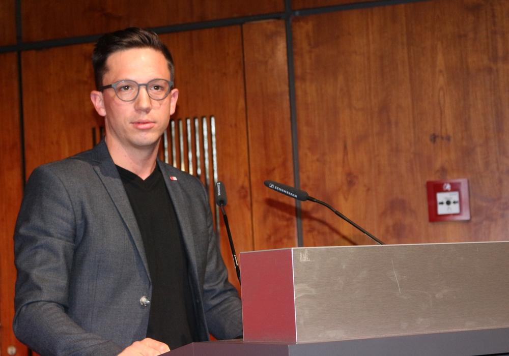 Der Wolfsburger Bundestagsabgeordnete Falko Mohrs fordert mehr Unterstützung für Vereine bei der Umsetzung der neuen  Datenschutzgrundverordnung. Foto: Anke Donner